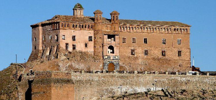 Castillo Palacio «El Papa Luna»