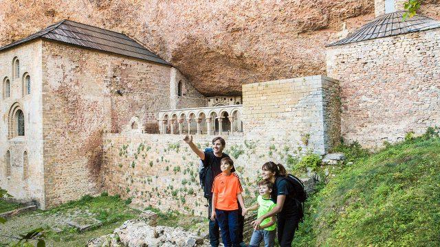 Monasterio Viejo de San Juan de la Peña